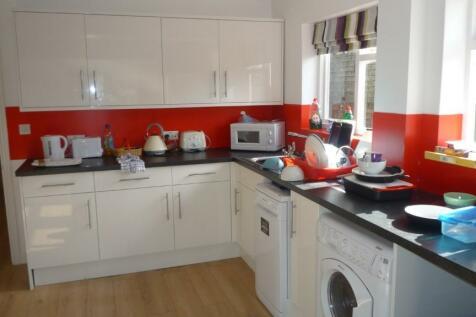 31 Priory Road, Cambridge, Cambridgeshire, CB5. 5 bedroom house share