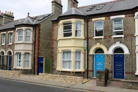Room 8, 35 Mill Road, Cambridge. 1 bedroom house of multiple occupation