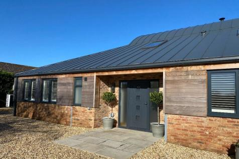 Five Thorn Lane, Upper Seagry SN15 5EZ. 3 bedroom barn conversion