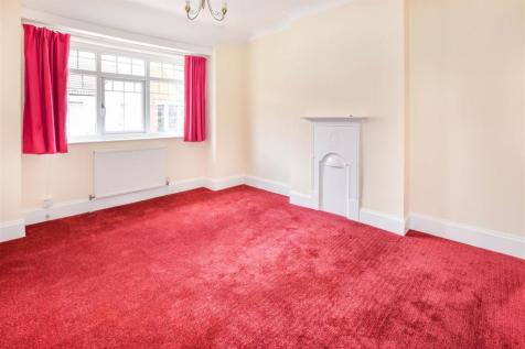 Thirsk Road, Tooting. 2 bedroom flat