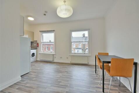 Portnall Road, Maida Vale, W9. 3 bedroom flat