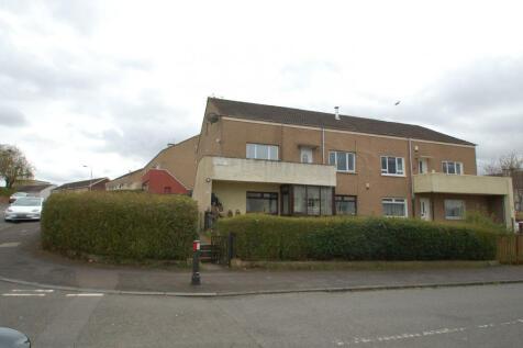 12 Hollybush Road, Penilee, Glasgow, G52 2RH. 3 bedroom flat for sale