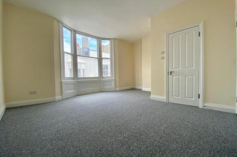 Burlington Street, Brighton. 2 bedroom flat