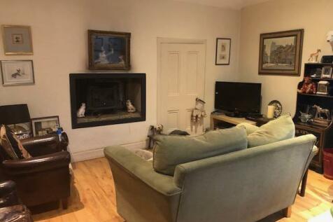 Coach house flat. Finlaystone Estate, PA14, Inverclyde property