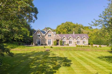 Catbrook Road, Catbrook, Chepstow, Monmouthshire. 5 bedroom detached house for sale