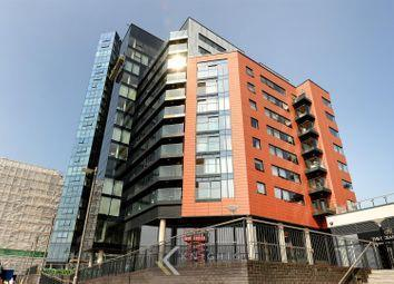 Admirals Quay, Ocean Village, Southampton SO14. 3 bedroom flat