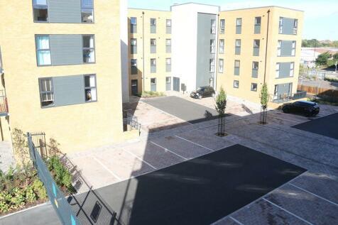 Deanery Court Chapel Riverside, Endle Street, Southampton, SO14. 2 bedroom flat