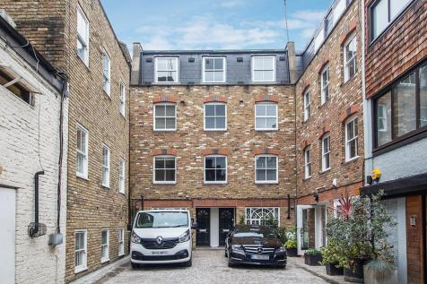 Fitzroy Mews, London, W1T. 4 bedroom mews house