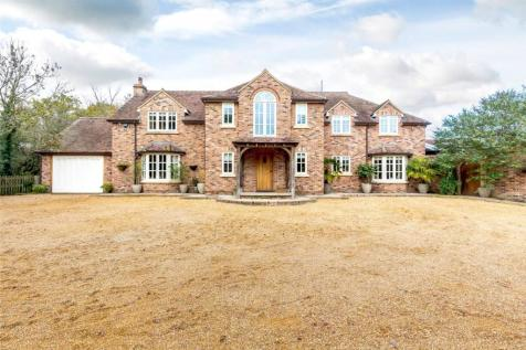 Tomkyns Lane, Upminster, RM14. 4 bedroom detached house for sale