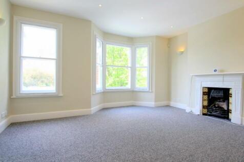 Queensmill Road, London, SW6. 4 bedroom apartment