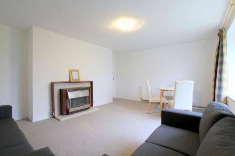 Portinscale Road, London, SW15. 2 bedroom apartment