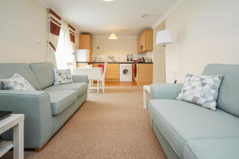 Whiteside Court, Bathgate, EH48 2TN. 2 bedroom apartment