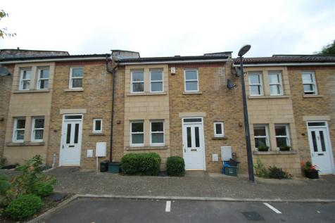 Lower Weston. 3 bedroom property