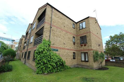 Hows Road, Uxbridge. 2 bedroom flat