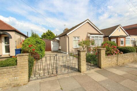 Marnham Crescent, Greenford. 3 bedroom detached bungalow