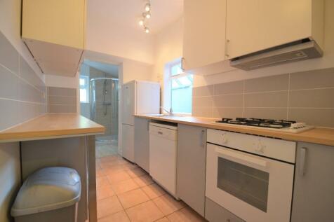 Westminster Road, Birmingham, B29. 4 bedroom terraced house