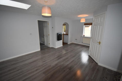 Coopers Close, Stratford-Upon-Avon, Warwickshire, CV37. 2 bedroom coach house