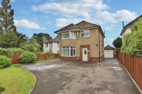 Newport Road, Llantarnam, Cwmbran. 3 bedroom detached house