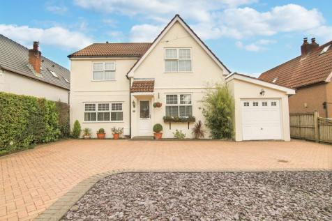 The Highway, Croesyceiliog, Cwmbran. 4 bedroom detached house for sale