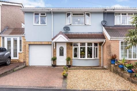 St Andrews Road, Penycoedcae, Pontypridd. 4 bedroom semi-detached house for sale