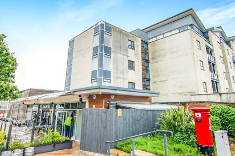 Kings Road, Swansea. 2 bedroom penthouse for sale