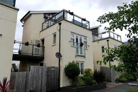 Tonnant Road, Copper Quarter, Swansea. 3 bedroom town house for sale