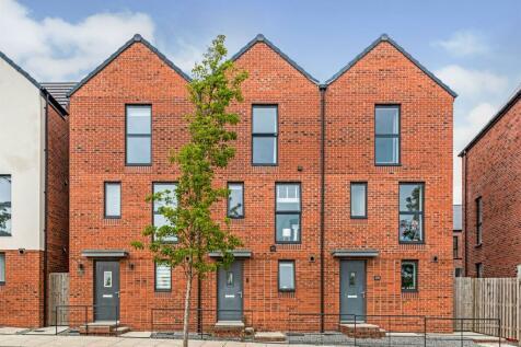 Langdon Road, Swansea. 3 bedroom terraced house for sale