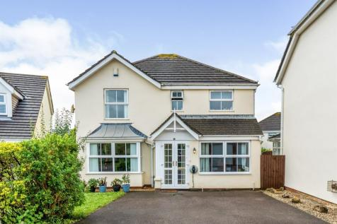 Maes Trawscoed, Bridgend. 4 bedroom detached house