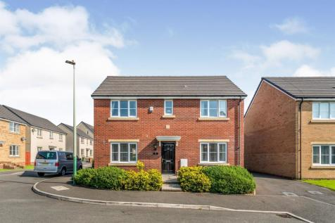 Long Heath Close, Caerphilly. 4 bedroom detached house