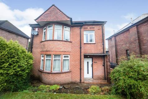St Martins Road, Caerphilly. 3 bedroom detached house