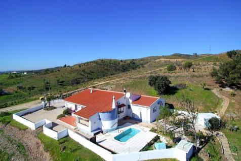 Algarve, Silves. 3 bedroom villa for sale