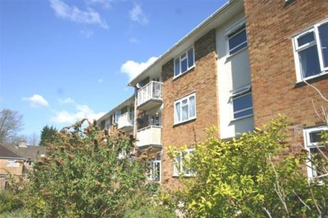 Down View Road, Laverstock. 2 bedroom apartment