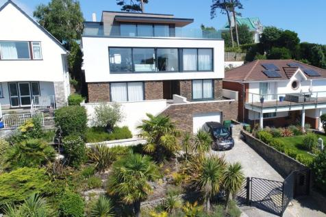 Brownsea View Avenue, Poole, BH14 8LQ. 4 bedroom detached house