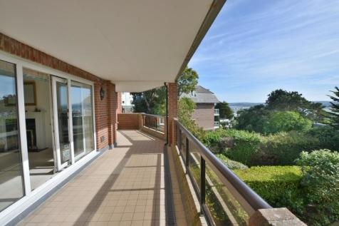 Canford Cliffs, Poole, BH13 7NH. 3 bedroom apartment