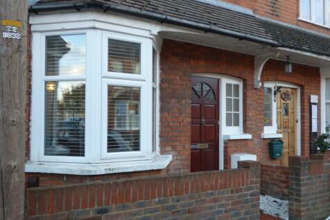 Morgan Road, Bromley, Kent, BR1. 3 bedroom terraced house