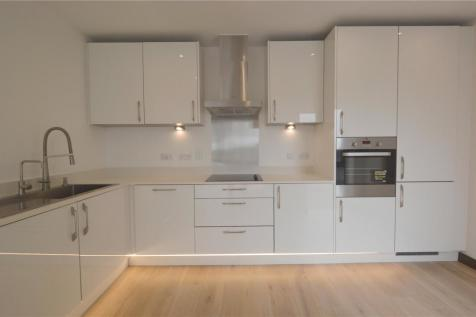 Prospects Place, 10 Fairfax Drive, Westcliff-on-Sea, Southend-On-Sea, SS0. 2 bedroom apartment
