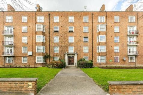 Adelaide Road, Camden, London, NW3. 3 bedroom flat