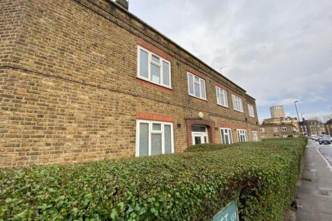 Bestwood Street, Deptford, SE8. 2 bedroom flat