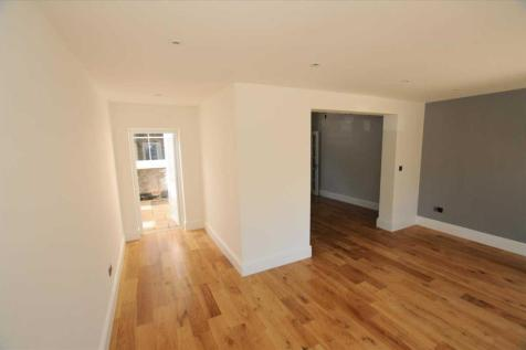 Bollo Lane, London. 2 bedroom apartment