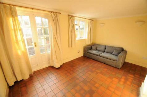 Paxton Road, Chiswick. 2 bedroom apartment
