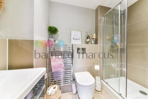 London Road, LONDON. 2 bedroom apartment