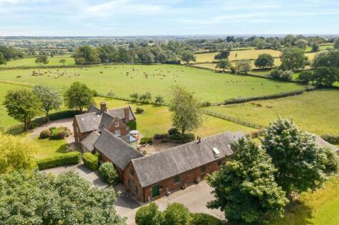 Ashbourne, Derbyshire. 10 bedroom detached house for sale