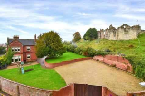 Tutbury, Staffordshire. 7 bedroom detached house for sale