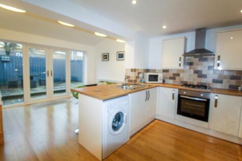 Appledore Road, South Beach Estate, Blyth. 2 bedroom semi-detached house