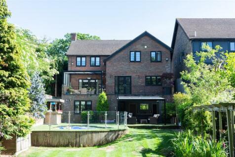 Croydon Road, Keston. 5 bedroom detached house