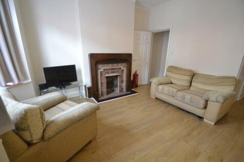 Beechfield Road, Hyde Park. 2 bedroom terraced house for sale
