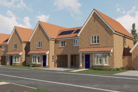 Kings Way,  Burgess Hill,  West Sussex  RH15 0TH. 4 bedroom semi-detached house for sale
