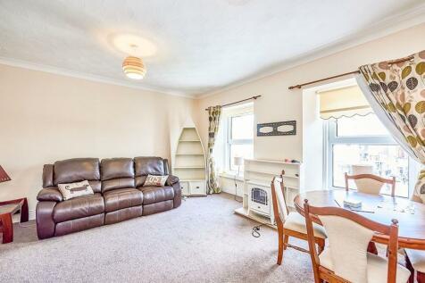 Castle Street, Dumfries, DG1. 1 bedroom flat