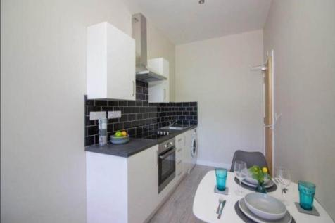 Hall Ings Road, Bradford. 1 bedroom apartment