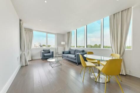 Hamond Court, Queenshurst Square, Kingston KT2. 2 bedroom apartment